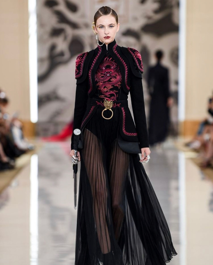 What does it take to produce a haute couturecollection?